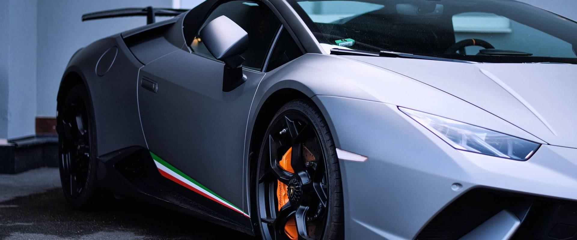 Conheça os 7 carros de luxo mais caros de todos os tempos!